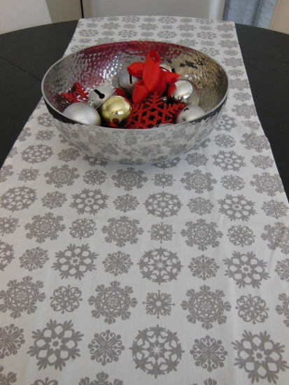 Dining Table Runner XMas 2012