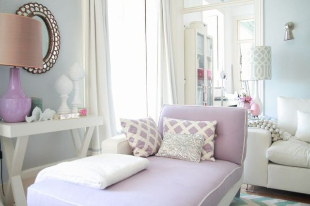Purple Chaise Room