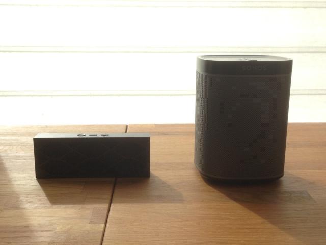 Mini Jambox vs Sonos Play:1